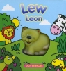 Lew Leon uczy się ryczeć