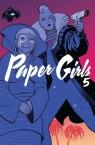 Paper Girls 5 Vaughan Brian K.
