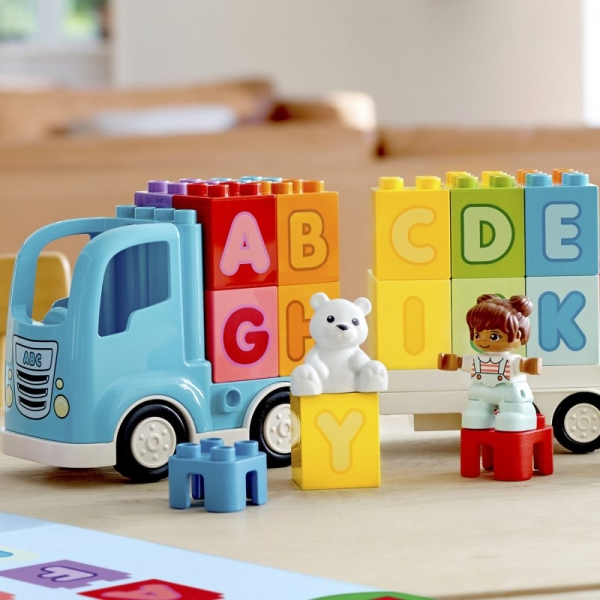 Lego Duplo: Ciężarówka z alfabetem (10915)