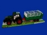 Traktor z przyczepką 82cm