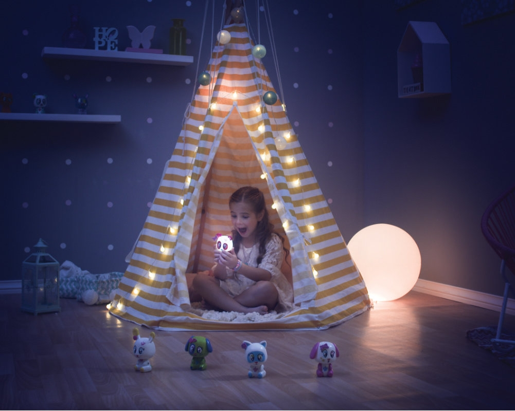 Luminki: Świecący przyjaciele - Pearl. Maskotka interaktywna (EP04134/92059)