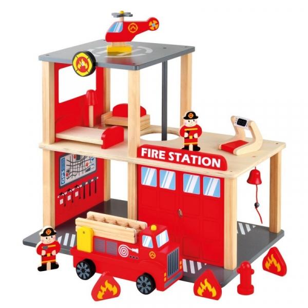 Drewniana remiza strażacka (84083)