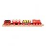 Pociąg drewniany z materiałami budowlanymi