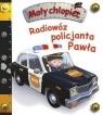 Mały chłopiec. Radiowóz policjanta Pawła w.2020