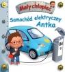 Mały chłopiec. Samochód elektryczny Antka w.2019