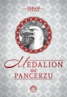 Medalion na pancerzu