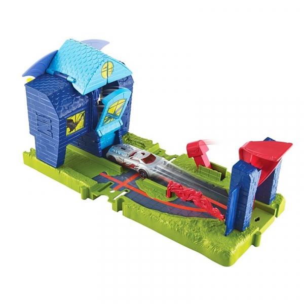Hot Wheels City: zamek nietoperza - zestaw (FNB05/FNB08)