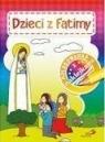 Kolorowanka z naklejkami. Dzieci z Fatimy