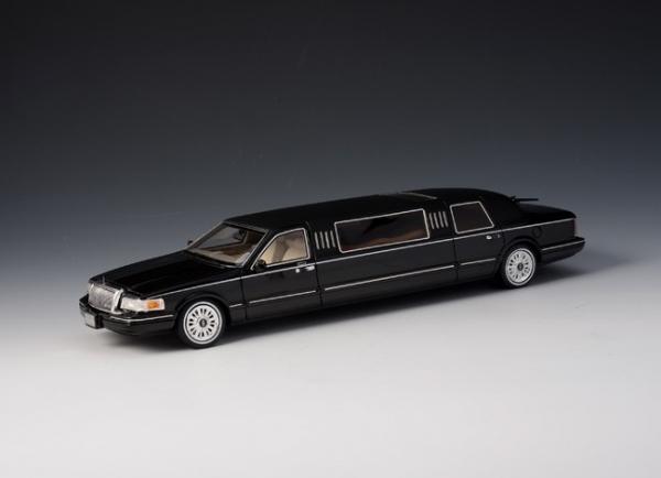 GLM Lincoln Town Car Limousine 1997