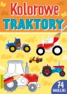 Kolorowe traktory z naklejkami