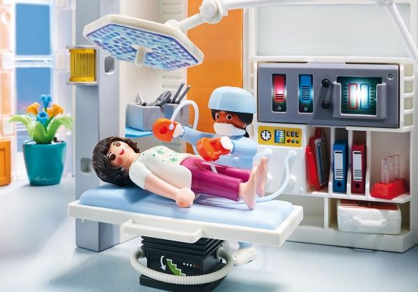 Playmobil City Life: Szpital z wyposażeniem (70191)