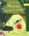Czytam sobie. Marta i zagadkowy pojazd