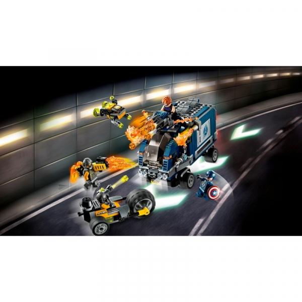 Lego Marvel Super Heroes: Avengers - Zatrzymanie ciężarówki (76143)