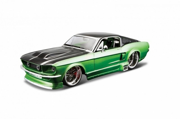 Model kompozytowy Ford Mustang GT 1967 1/24 do składania (10139094/1)