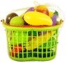 Owoce i warzywa w koszyku